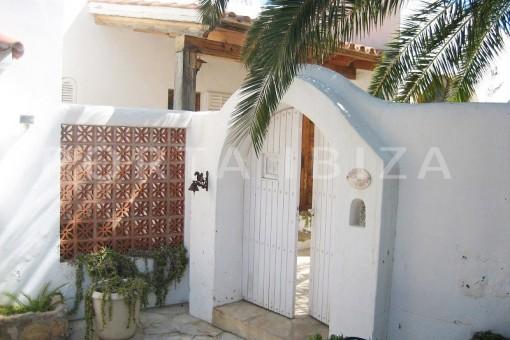 entrance-villa-cala tarida-amazing sea view