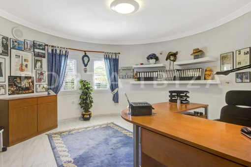 office-spacious villa-sa carroca-ibiza