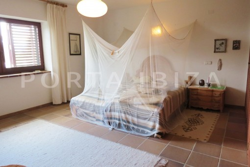 bedroom-charming house-san augustin-benimussa valley