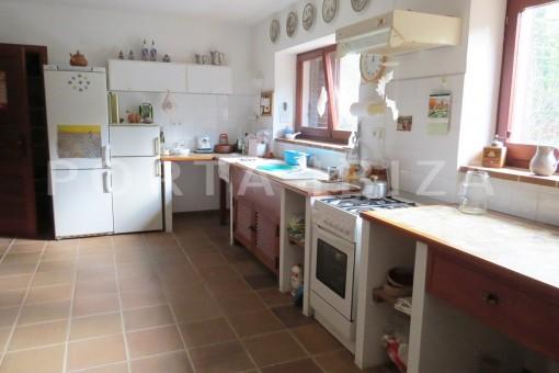 kitchen-charming house-san augustin-benimussa valley