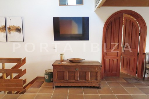 living & entrance area-charming house-san augustin-benimussa valley