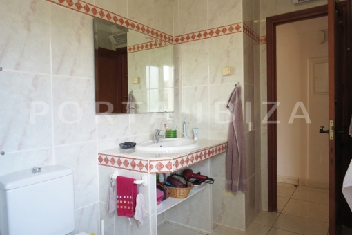bath-wonderful apartment-S'Argamassa-sea view