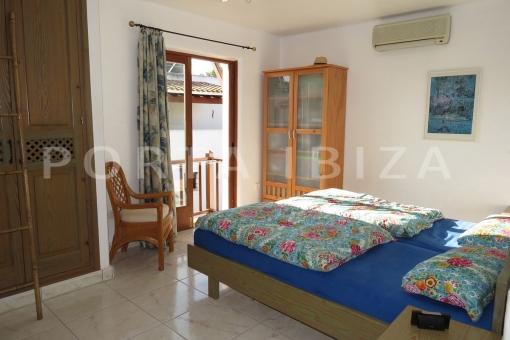 beach-wonderful bedroom-apartment-S'Argamassa-sea view