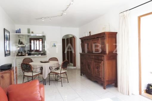 livingroom-wonderful apartment-S'Argamassa
