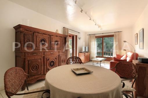 livingroom-wonderful apartment-sea view