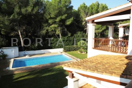 pool area-wonderful apartment-S'Argamassa-sea view