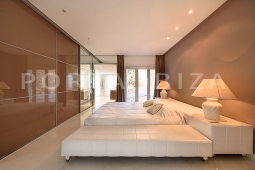 bedroom2-unique property-private sea access-fabulous views