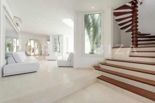 living area-unique property-private sea access-fabulous views