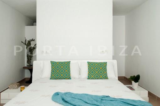 bedroom1-wonderful villa-sea access-southwest coast