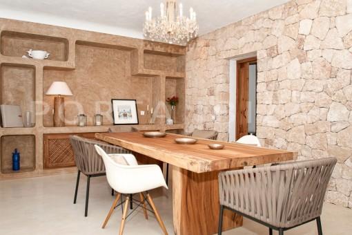 dining area-wonderful villa-sea access-southwest coast