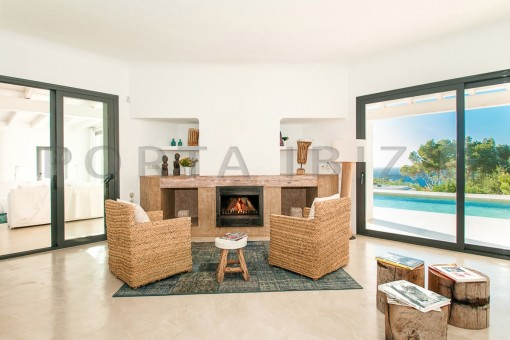 fireplace-wonderful villa-sea access-southwest coast