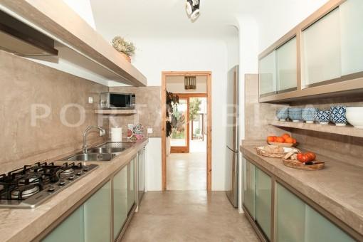 kitchen-wonderful villa-sea access-southwest coast