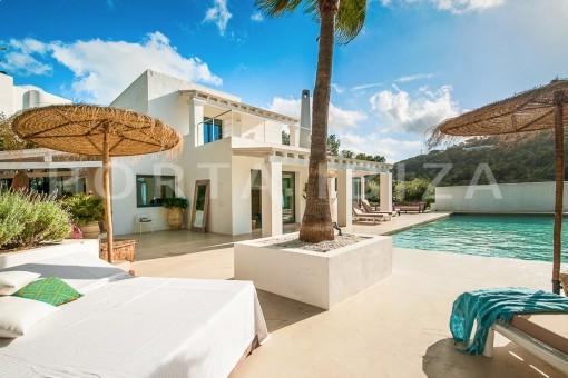 wonderful villa-pool-sea access-southwest coast