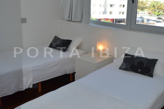bedroom3-beautiful apartment-Botafoch-sea views