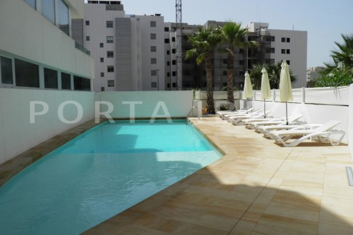pool area-beautiful apartment-Botafoch-sea views