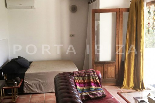 bedroom1-charming property-fabulous location-Cala Conta