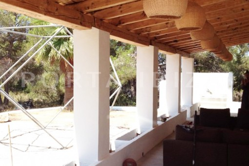 terrace & living-charming property-fabulous location-Cala Conta