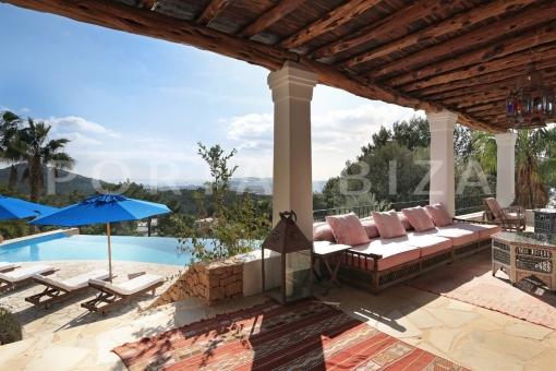 Wunderschöne Villa in Can Furnet mit grandiosem Blick