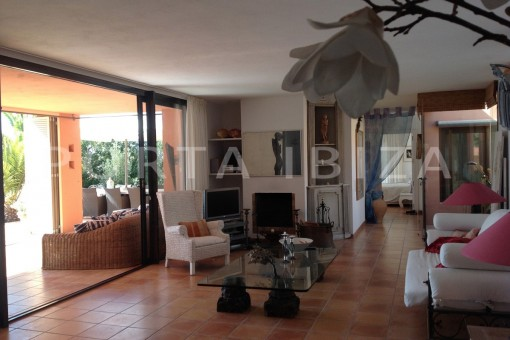living area-gorgeous property-phenomenal sea and sunset view