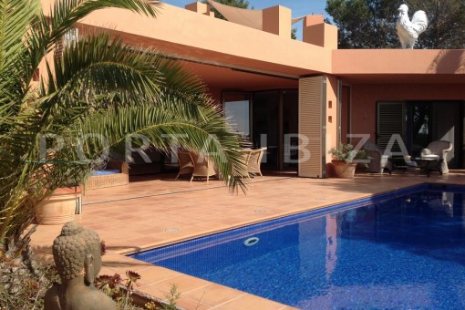 pool & living area-gorgeous property-phenomenal sea and sunset view