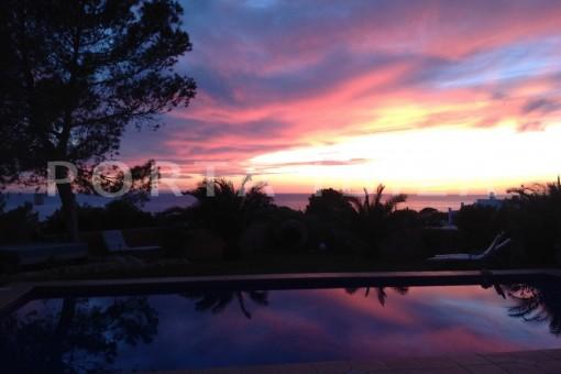 sunset-phenomenal sea and sunset view