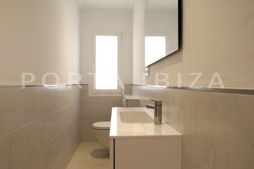 bathroom2-beautiful new construction villa at Can Pepsimo