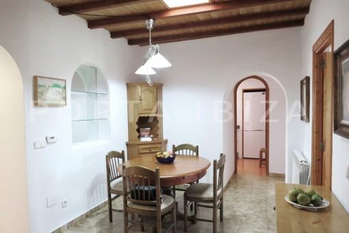 dinner-charming house-central- near Cala Pada
