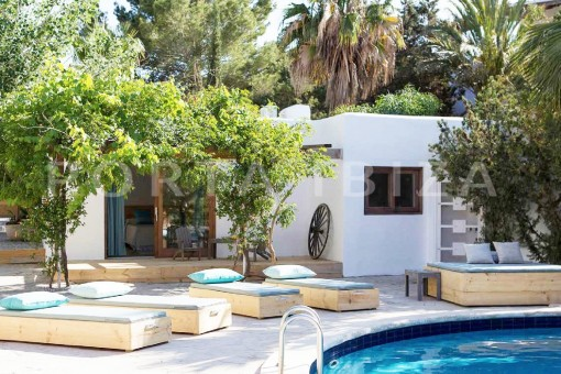 pool area-wonderful villa-San José-mediterranean garden