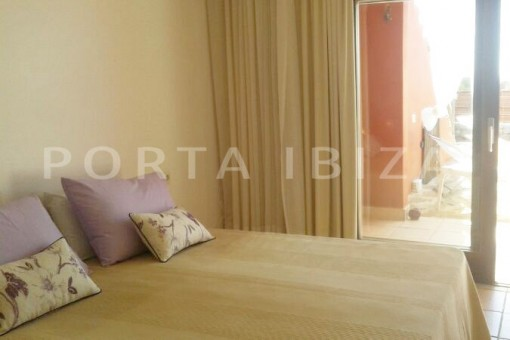 bedroom-nice terraced house-cala moli-with pool