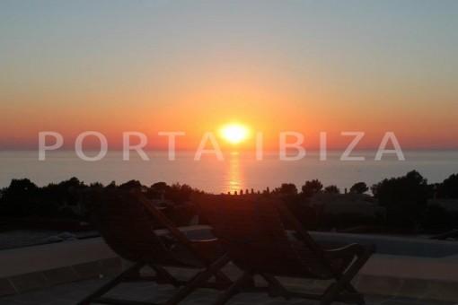 sunset-nice terraced house-cala moli