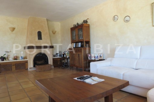 living-high quality country house-Es Cubells-fabulous landscape views