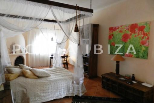 bedroom-wonderful villa with sea view at can germá