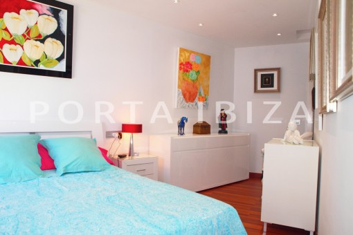 master bedroom-well maintained apartment-fantastic sea and sunset view