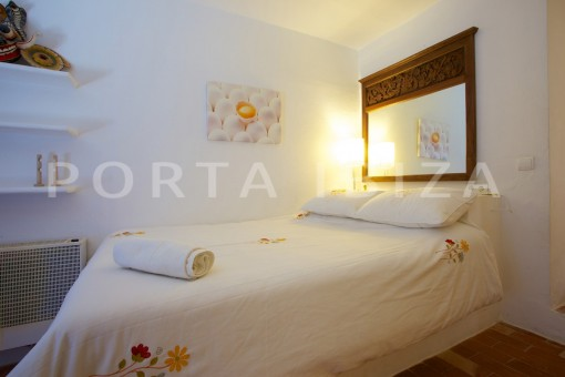 bedroom-party and retreat house-close to ibiza