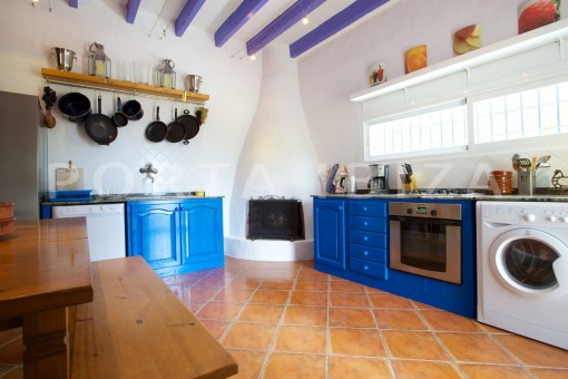 kitchen-party and retreat house-close to ibiza