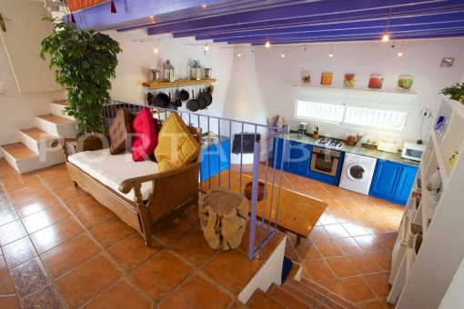 living & kitchen-party and retreat house-close to ibiza