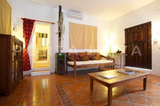 living & party-retreat house-close to ibiza