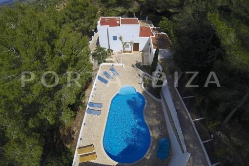 pool area-party house-close to ibiza