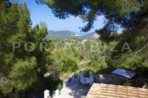 terrace & garden-party and retreat house-close to ibiza