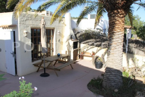 garage-beautiful house at Sa Carroca