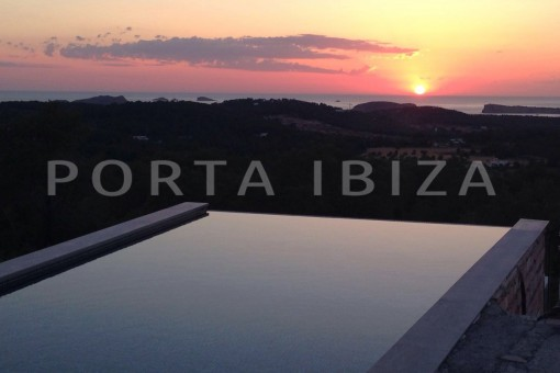pool & sundown-high quality & modern villa-cala conta-sea view