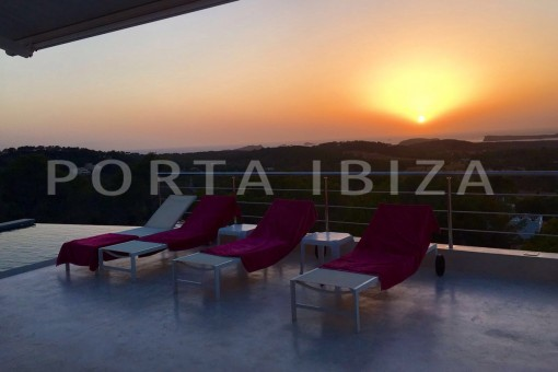 sundown-high quality & modern villa-cala conta-sea view