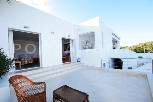 terraces-high quality & modern villa-cala conta-sea view