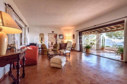 living-incredible property-fabulous panoramic views-Es Vedra