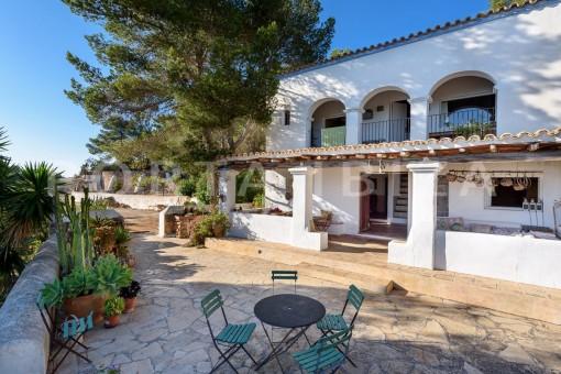 terraces-incredible property-fabulous panoramic views-Es Vedra