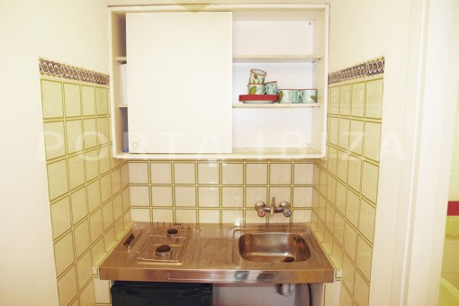 apartment kitchen-charming house-Cala Codolar-views to Es Vedra