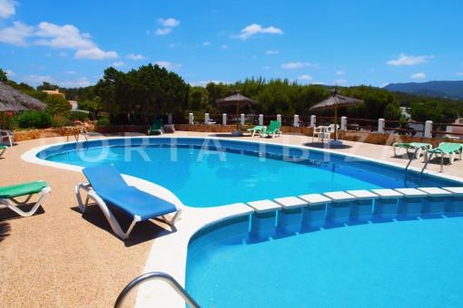 cummunity pool-charming house-Cala Codolar-views to Es Vedra