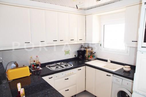 kitchen-charming house-Cala Codolar-views to Es Vedra