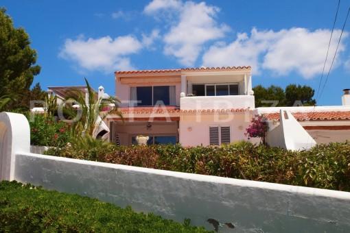very charming house-Cala Codolar-views to Es Vedra