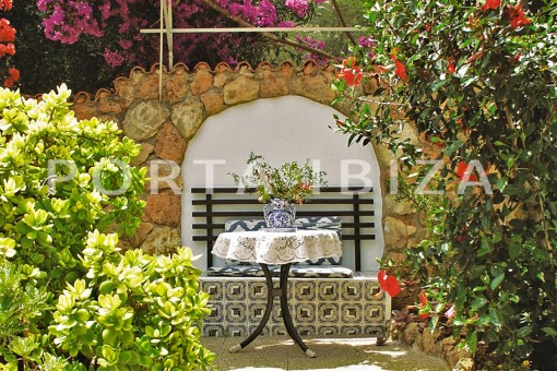 chillout-house for renovation-close to the beach-Es Figueral